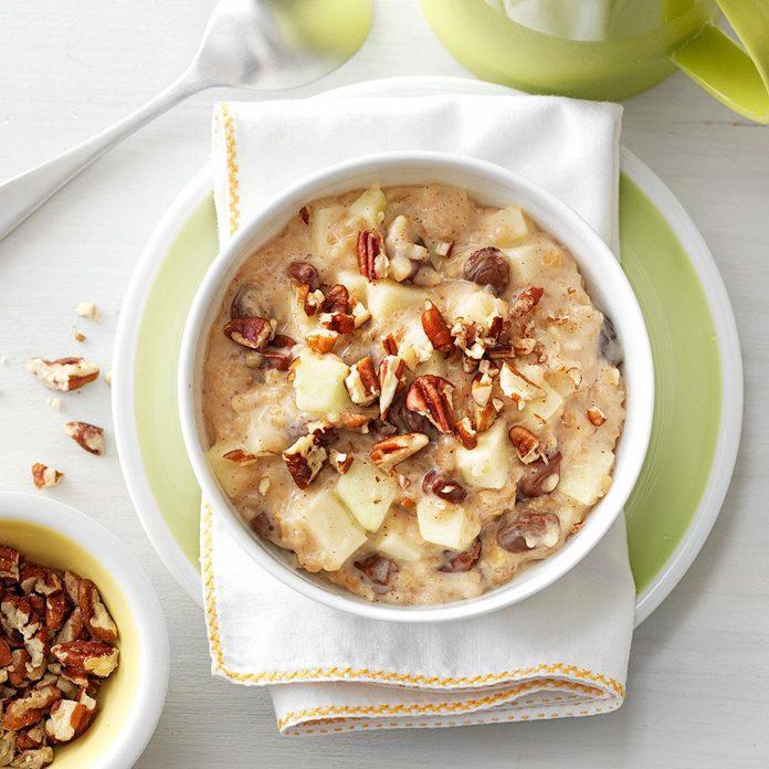 Pressure-Cooker Raisin Nut Oatmeal