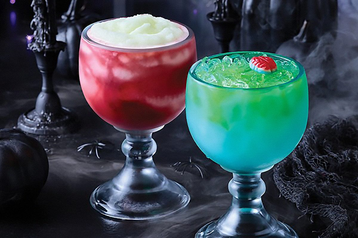 Now through Halloween, Applebee's is serving up Spooky Sips in a signature Mucho glass for only $5.