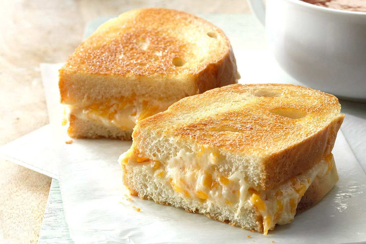 Grilled Cheese with Mayo Hack