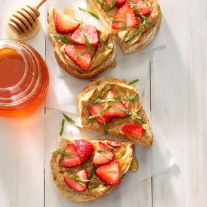 15 Refreshing Strawberry and Mint Recipes