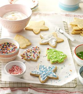Family Holiday Tradition: A Day of Cookie Baking