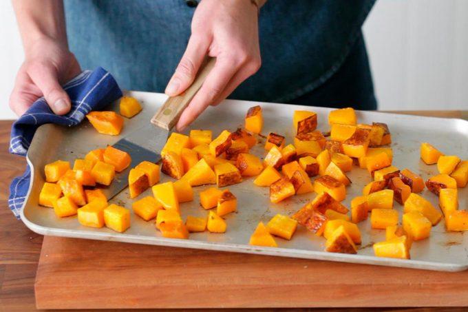 flipping-roasted-vegetables