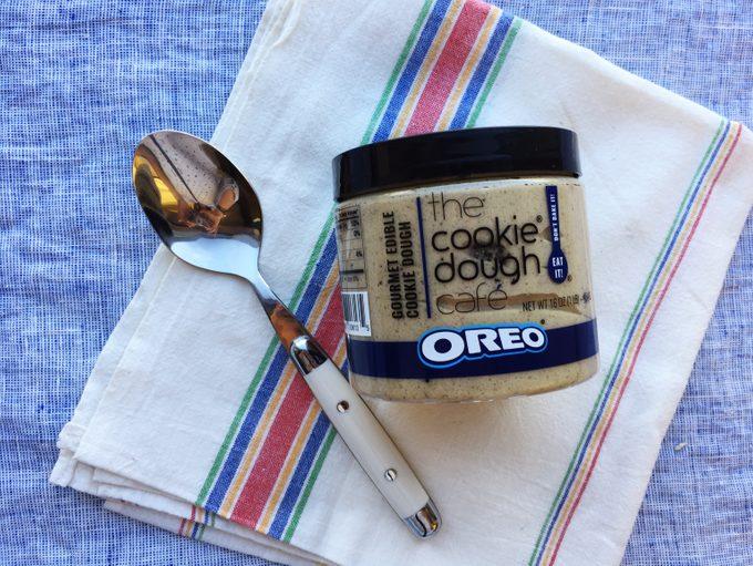 Oreo's edible cookie dough container