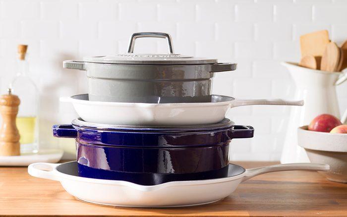 pots;pans;cookware; kitchen