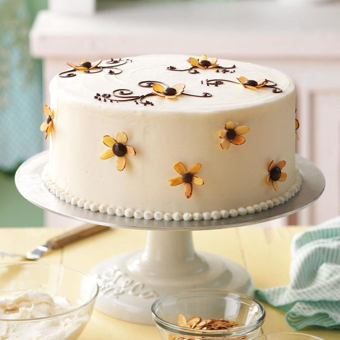 Amaretto Cake With Buttercream Frosting Exps61697 Hc143213d09 05 8b Rms 2
