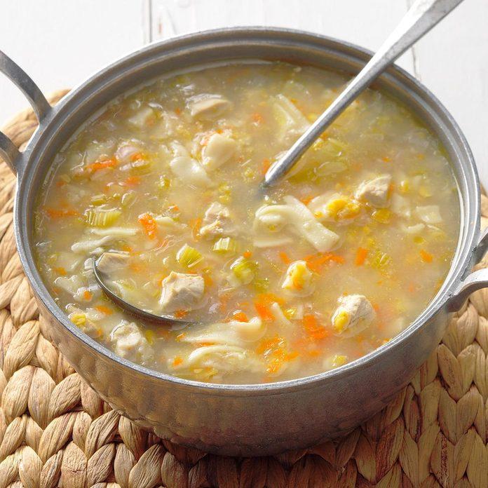 Amish Chicken Corn Soup Exps Cwfm18 31049 B10 13 5b 4