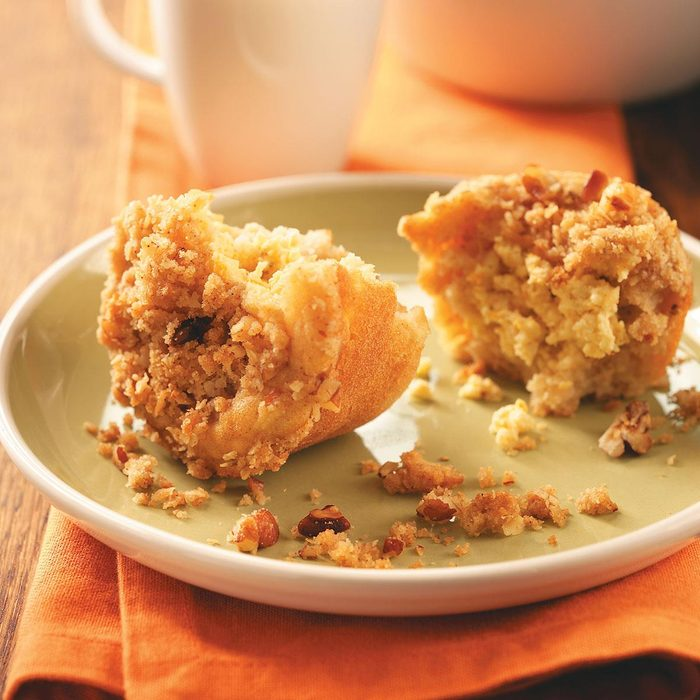Apple Crisp Muffins Exps49254 Cw1794338c03 25 2bc Rms 4