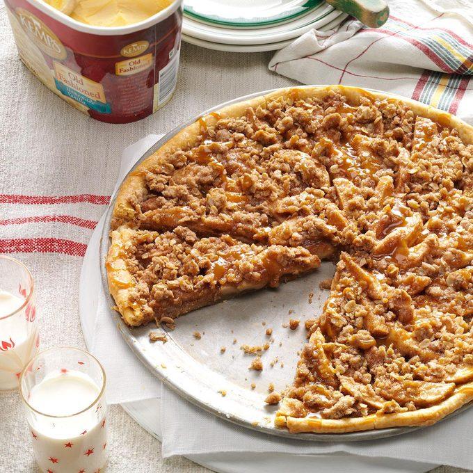 Apple Crisp Pizza Exps1135 Tg133212b05 24 5b Rms 5