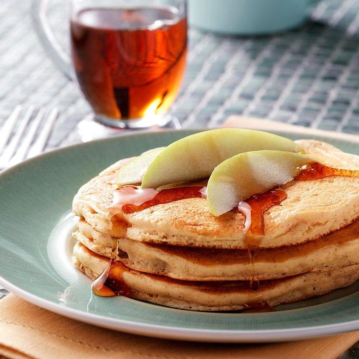 Apple Pancakes Exps4884 W101973175b09 24 5bc Rms