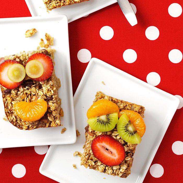 Apple-Raisin Baked Oatmeal