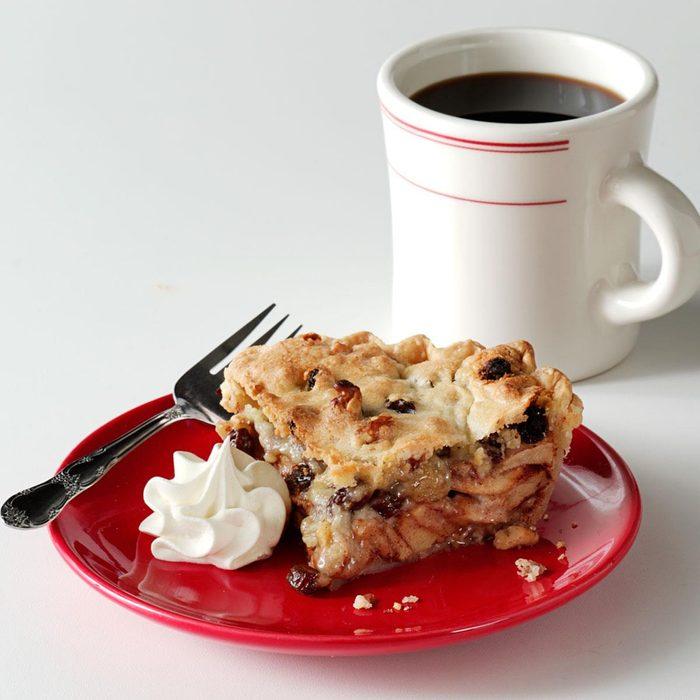 Apple Raisin Pie