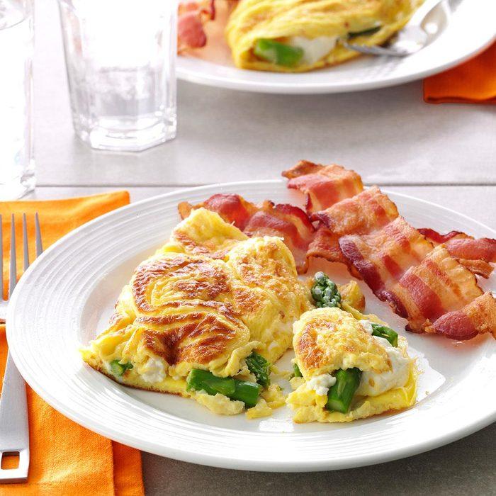 Asparagus Cream Cheese Omelet Exps34474 Sd143205d01 24 6bc Rms 6