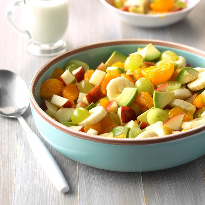 Avocado Fruit Salad Exps Hck19 21387 C06 22 4b 1