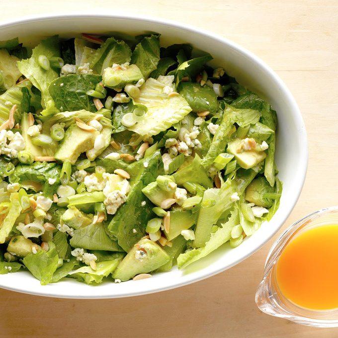 Avocado Romaine Salad Exps Sdfm18 22620 B10 05 7b 3