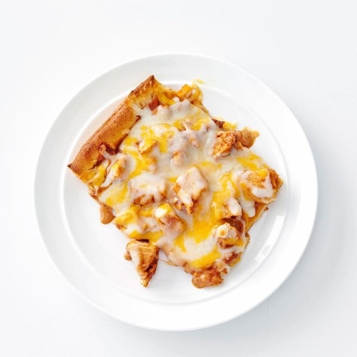 Bbq Ranch Chicken Pizza Exps107185 Th2379806a09 11 2bc Rms