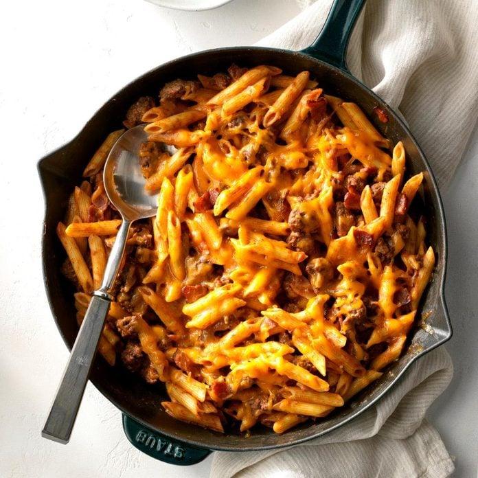Bacon Cheeseburger Pasta Exps Gbbz19 12349 C11 08 6b 2