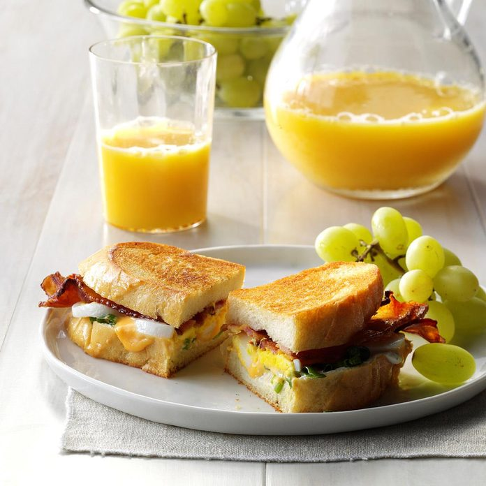 Bacon 'n' Egg Sandwiches