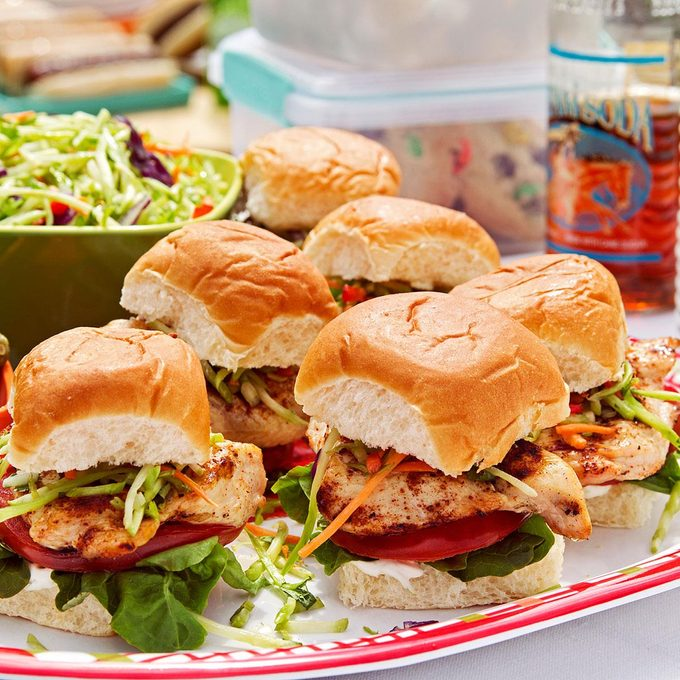 Baja Chicken Slaw Sliders Exps48609 Th1999637a05 06 2b Rms 4