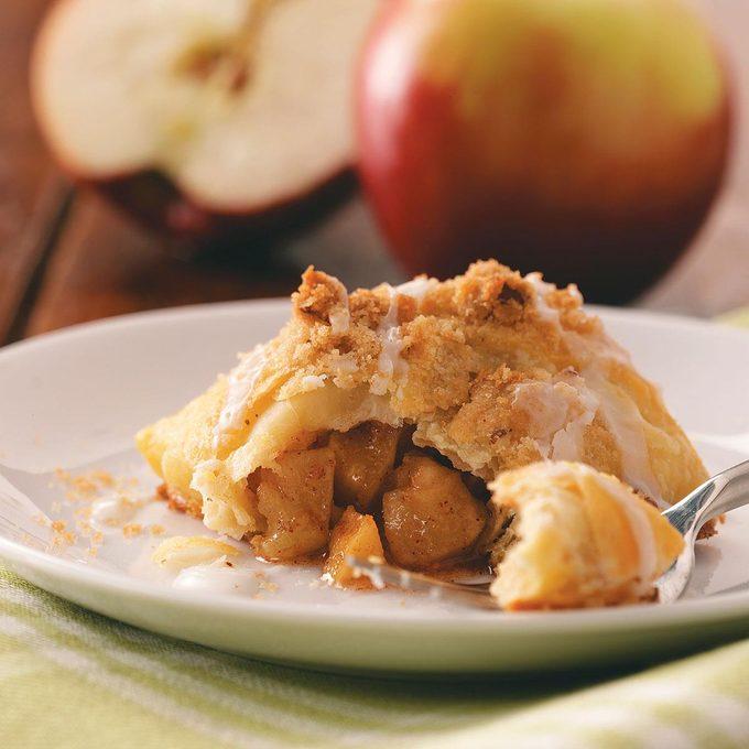 Baked Apple Dumplings Exps49269 Cw1794338d03 25 2bc Rms 3