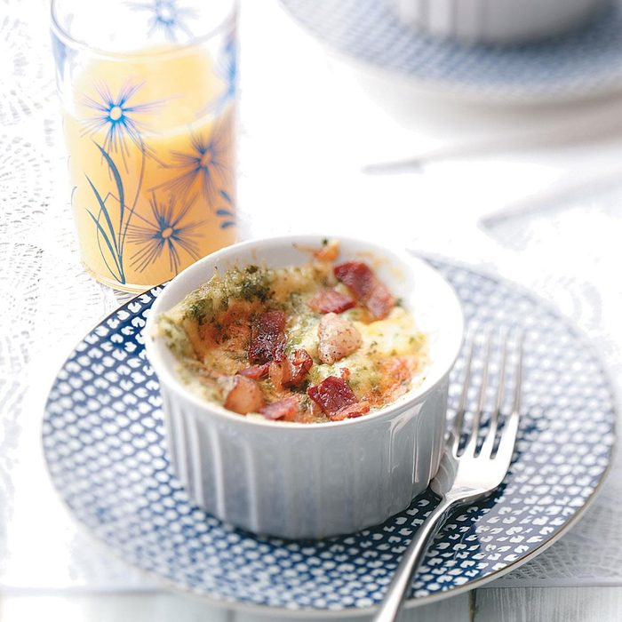 Baked Eggs With Cheddar And Bacon For Two Exps49598 Thhc1757657d27c Rms