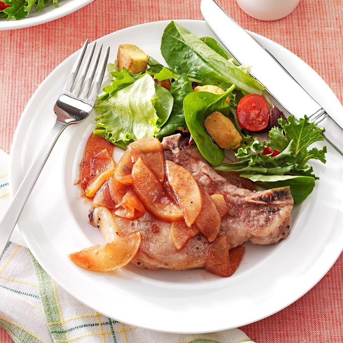 Baked Pork Chops With Apple Slices Exps29617 Fir2856595c03 12 3bc Rms 3