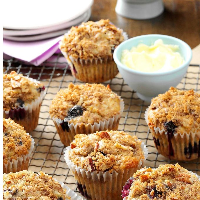 Banana Berry Muffins Exps33512 Fm143298b03 07 1bc Rms