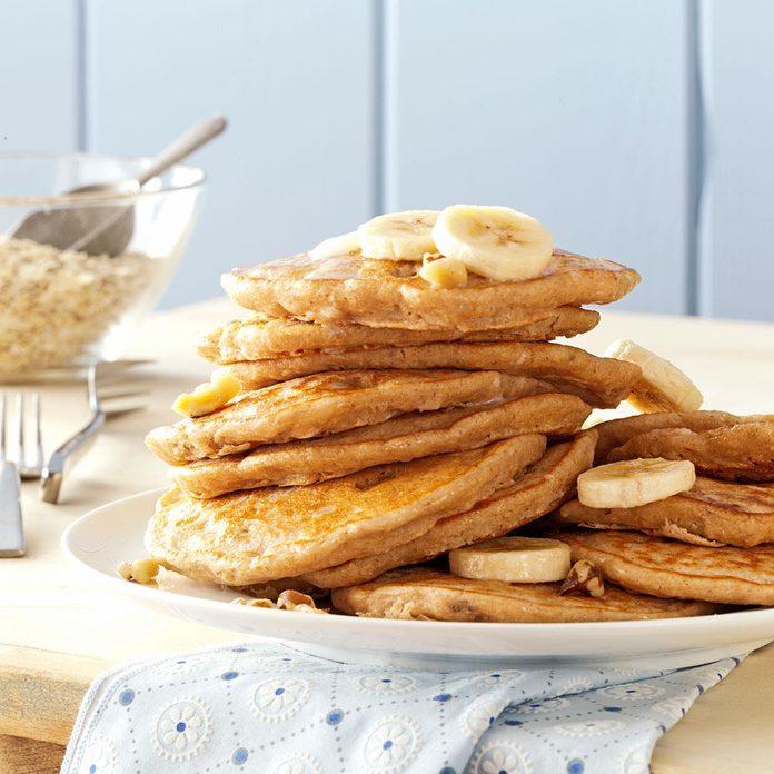 Banana Oatmeal Pancakes Exps160876 Thhc2377564d07 10 3bc Rms 2