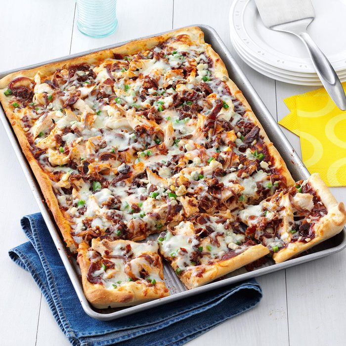 Barbecue Chicken Pizza Exps161354 Sd2847494b02 13 10b Rms