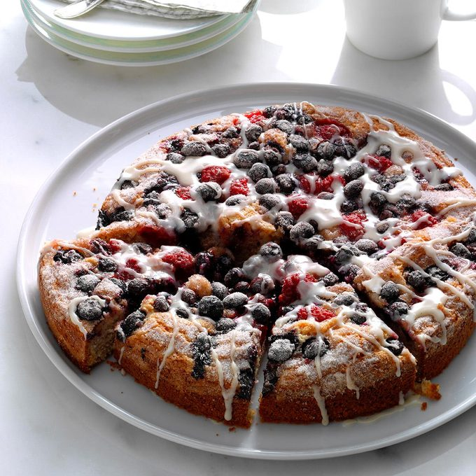 Berry Topped Coffee Cake Exps Hck17 104568 B08 24 5b 4
