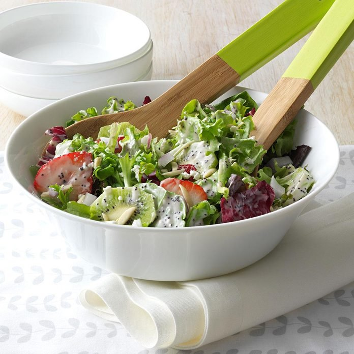 Berry Tossed Salad Exps30244 Bos2930251d 10 23 1bc Rms 3