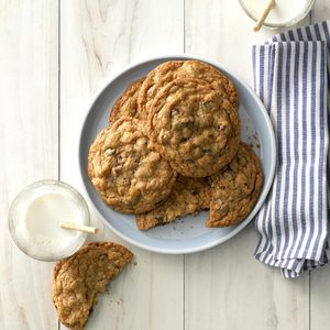 Big & Buttery Chocolate Chip Cookies