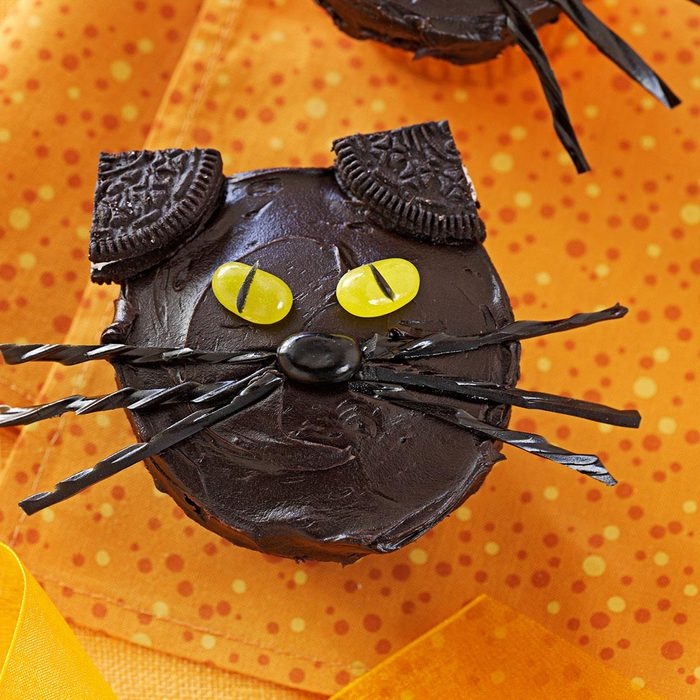 Nut-Free: Black Cat Cupcakes
