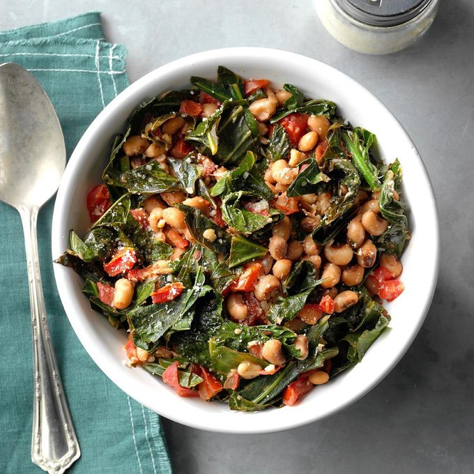 Black Eyed Peas With Collard Greens Exps Sddj19 87268 E07 20 3b 7