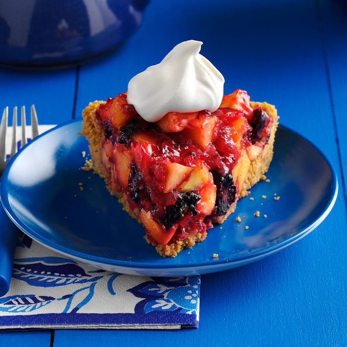 Blackberry Nectarine Pie Exps21281 Sd143205b02 11 1bc Rms 4