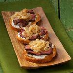 Blue Cheese-Onion Steak Bites