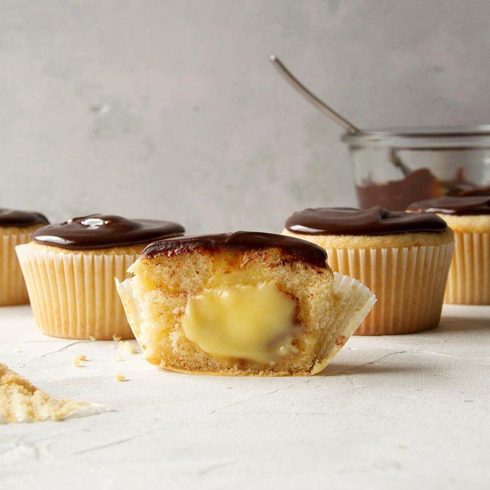 Boston Cream Cupcakes Exps Ft20 45045 F 0428 1 Home 1