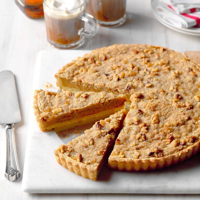 Bourbon Pumpkin Tart With Walnut Streusel Exps Thca18 41946 B09 22 5b 4