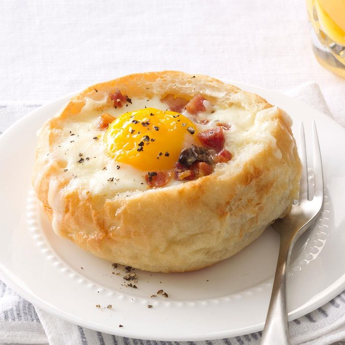 Breakfast Bread Bowls Exps168682 Sd142780c08 30 1bc Rms 1