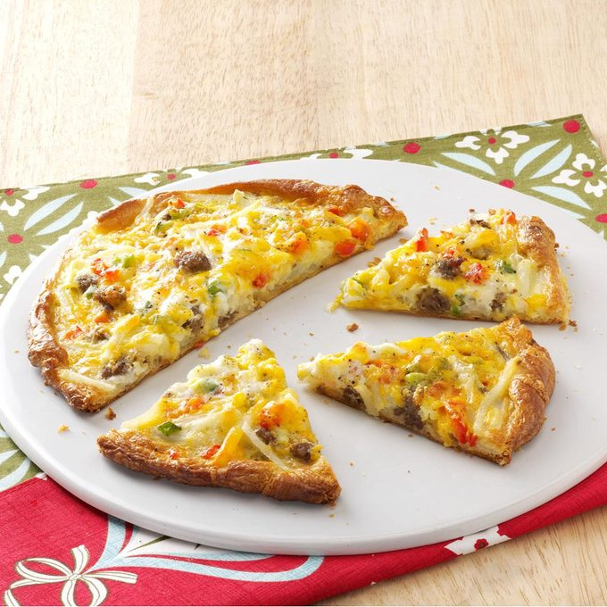 Breakfast Pizza For Two Exps34668 Thcs2321922a07 13 1b Rms 3