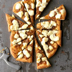 Brie & Caramelized Onion Flatbread