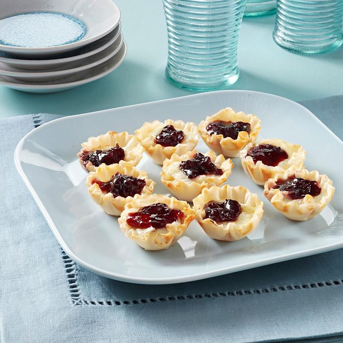 Brie Phyllo Cups