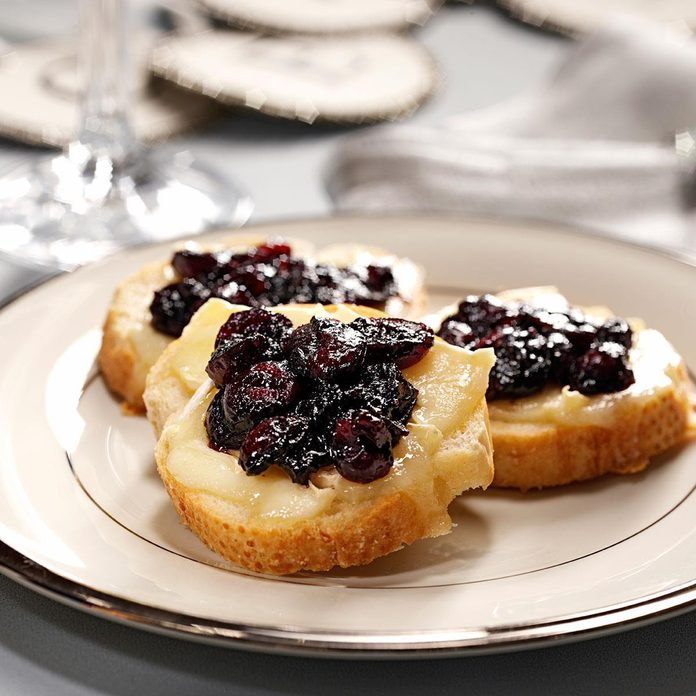 Brie Toasts with Cranberry Compote