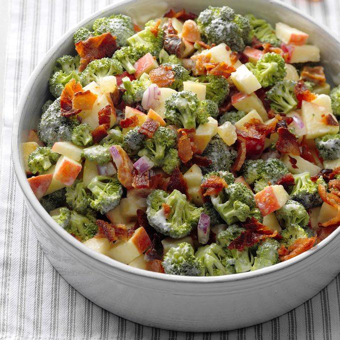 Broccoli Apple Salad Exps Sscbz18 69007 B10 18 2b 4
