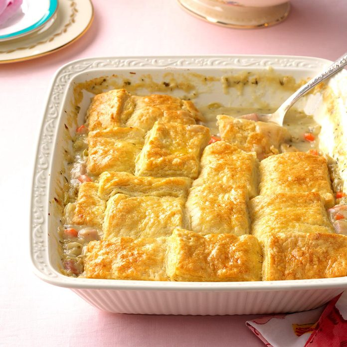 Buttermilk Biscuit Ham Pot Pie Exps Tham17 201243 B11 17 6b 7