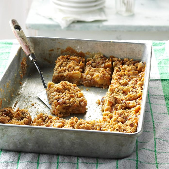 Kansas: Caramel Apple Bars