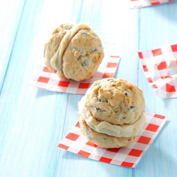 Caramel-Chocolate Chip Sandwich Cookies