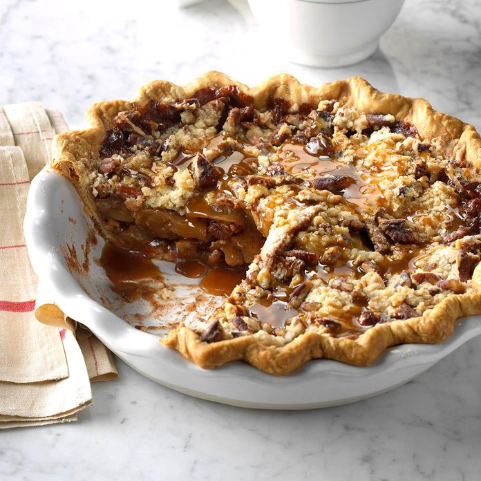 Arizona: Caramel-Pecan Apple Pie
