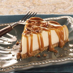 Caramel Praline-Topped Cheesecake