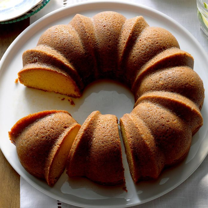 Caribbean Coconut Rum Cake Exps Thso17 200099 B04 21 4b 6