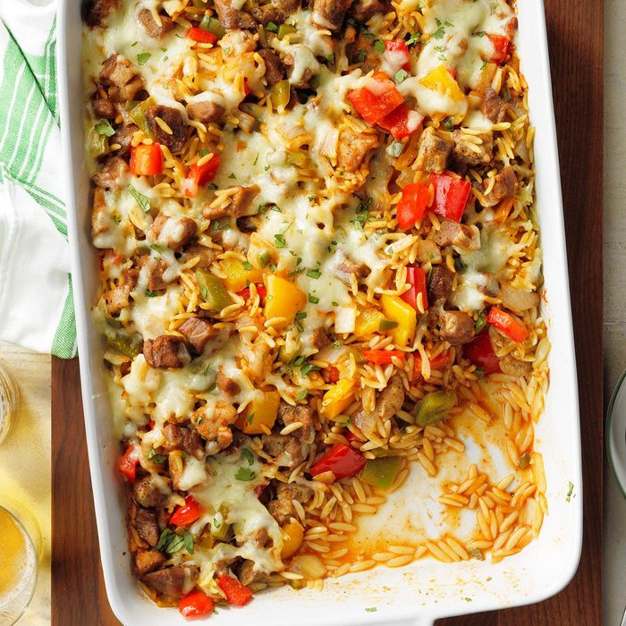 Carnitas With Orzo And Peppers In Red Mole Sauce Exps Tohjj20 33370 E02 07 7b 9
